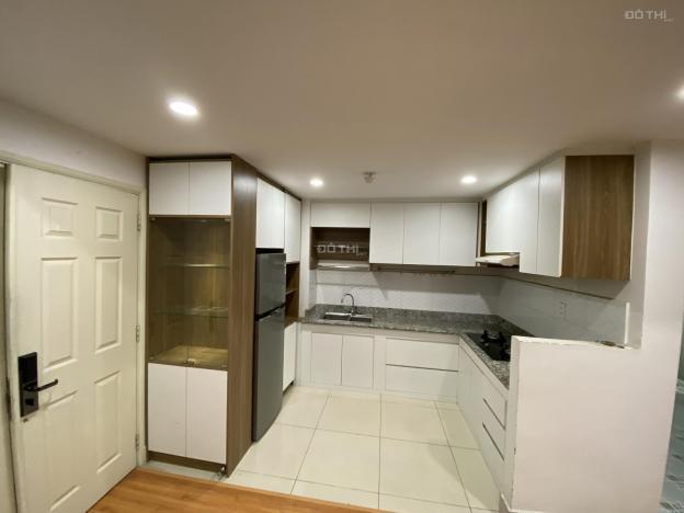 Cho thuê căn hộ 2PN, đầy đủ tiện ích tại 1050 Chu Văn An, P12, Bình Thạnh. Giá thỏa thuận 13616319