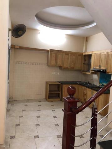 Cho thuê nhà 4 tầng ngõ 318 Ngọc Thụy, Long Biên, 40m2/ sàn, giá: 7 triệu/tháng, LH: 0984.373.362 13618665