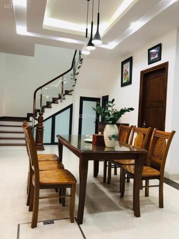 Cho thuê nhà riêng Thạch Bàn, Long Biên, 120 m2/sàn, giá: 14 triệu/tháng. LH: 0984.373.362 13621844