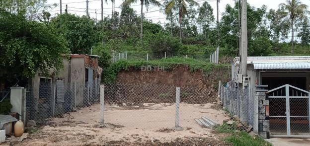 Chính chủ bán đất mặt tiền tại đường Phạm Văn Đồng, thị xã Sông Cầu, tỉnh Phú Yên 13623235