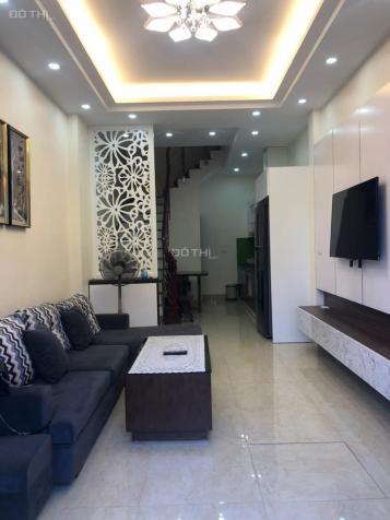 Cho thuê nhà 4 tầng full đồ 268 Ngọc Thụy, Long Biên, 35m2/sàn. Giá: 10 triệu/tháng 13624045