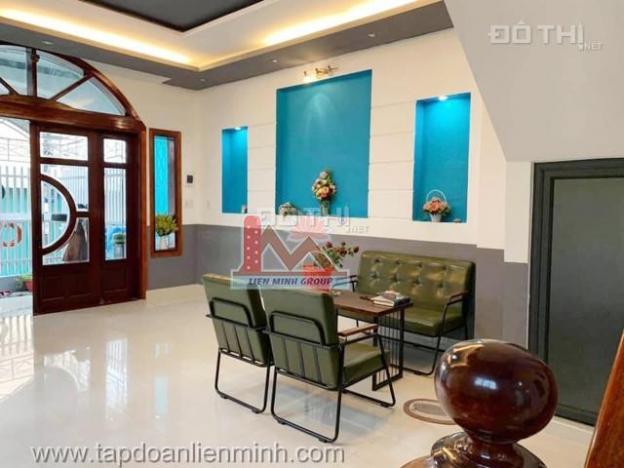 Bán nhà diện tích sử dụng rộng, 5 phòng ngủ, đường ô tô, gần bệnh viện tỉnh Lâm Đồng 13634271