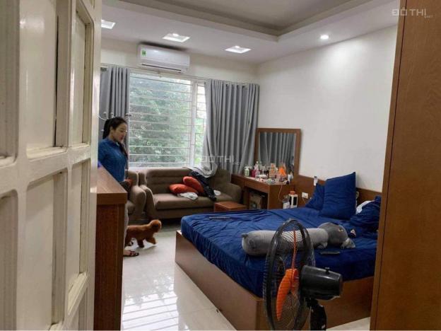 Bán nhà riêng 32m2 phố Nghĩa Dũng - Ba Đình - Hà nội 13636115