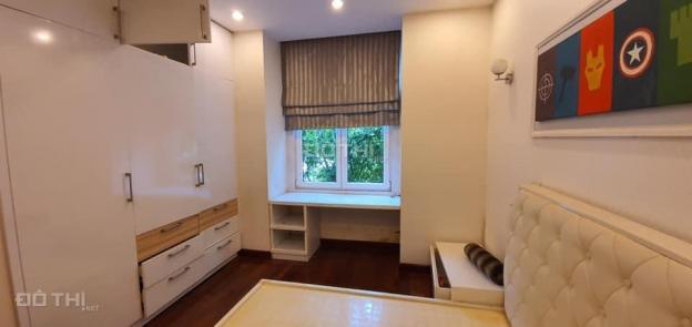Cho thuê biệt thự để ở, văn phòng KĐT Việt Hưng, Long Biên, 200m2/sàn, giá: 25 tr/th 13636678