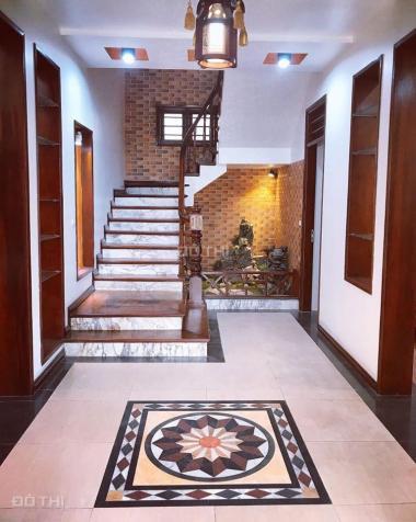 Cho thuê biệt thự KĐT Việt Hưng, Long Biên, 200m2/sàn, giá: 25 tr/th. LH: 0984.373.362 13654089