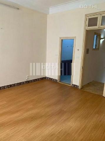Cho thuê nhà 89 Lạc Long Quân 80m2 x 3 tầng, ô tô đỗ cửa đẹp đúng như hình ảnh 13661900
