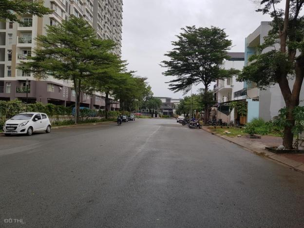 Bán đất mặt tiền đường D3 Khu Nam Long Q9, tặng biệt thự vườn 13665119