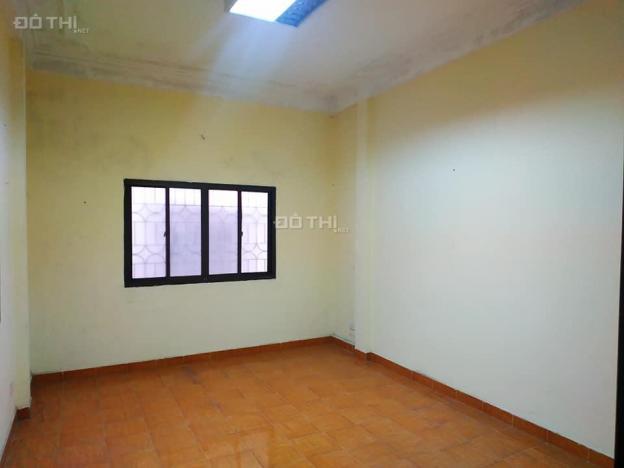 Bán nhà đất thổ cư quận Hoàn Kiếm 60m2, MT 6m, 8.3 tỷ 13675157