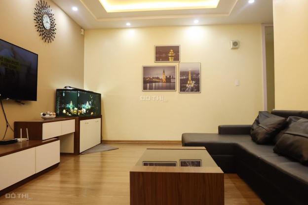 Chính chủ có căn hộ ở 17T8 sửa chữa đẹp, 121.5m2, ban công Đông Nam. LH 0389193082 13676064