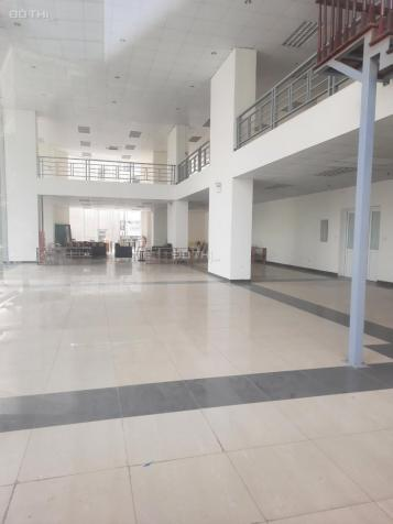 Cho thuê mặt bằng tầng 1 tòa nhà đường Trung Kính, Phường Yên Hòa, Quận Cầu Giấy, Hà Nội 13683014