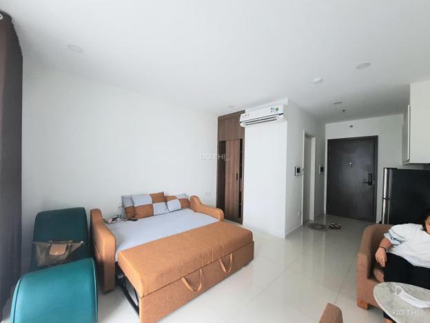 Căn hộ Central Premium cho thuê căn office, DT 32m2, full nội thất Quận 8 13684043