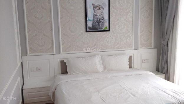 Cho thuê biệt thự Vinhomes Riverside Anh Đào, 4 phòng ngủ, đủ đồ, 45tr/th (bg phí qly). 0904481319 13690935
