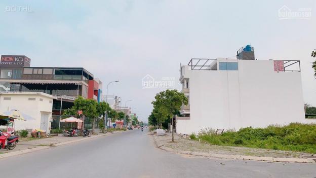 Cần tiền bán lỗ lô đất khu dân cư bệnh viện Chợ Rẫy 2, thổ cư, giá tốt, ở kinh doanh đều được 13693137