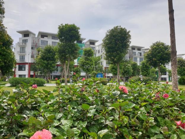 Chính chủ cần bán gấp căn shophouse Khai Sơn Long Biên 99m2 giá 13,5 tỷ: LH 0986563859 13706267