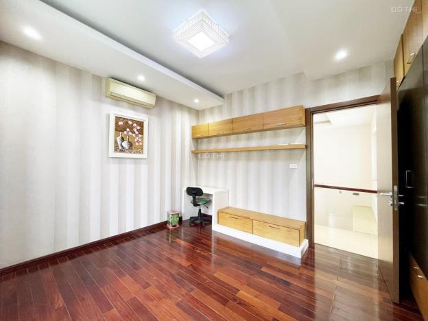 Cho thuê biệt thự vip 283m2 5PN có hầm. Thiết kế hiện đại, nội thất sang trọng, cao cấp 13726084