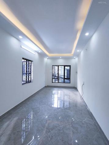 Cần bán nhà lô góc Vĩnh Hưng, ô tô qua, kinh doanh nhỏ, 30m2, 5 tầng 3.35 tỷ 13728104