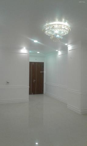 Cho thuê chung cư Sapphire Số 4 Chính Kinh, 106 m2, 3PN, 2WC, 12 tr/tháng LH: 0981261526. 13728715