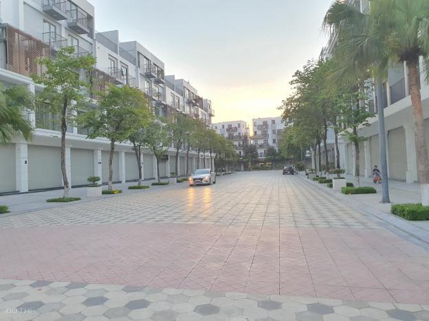 Bán căn shophouse The Manor mặt đường 17m, hướng Đông Nam, CK 11%, hỗ trợ 36th LS 0%, 2 năm PQL 13736684