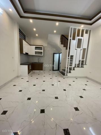 Bán nhà Bờ Sông Sét Hoàng Mai 35m2 xây 5 tầng giá 3,95 tỷ thông sang ngõ 33 Nguyễn An Ninh 13832586